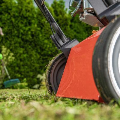 Quels sont les équipements indispensables pour l'entretien d'un jardin ?